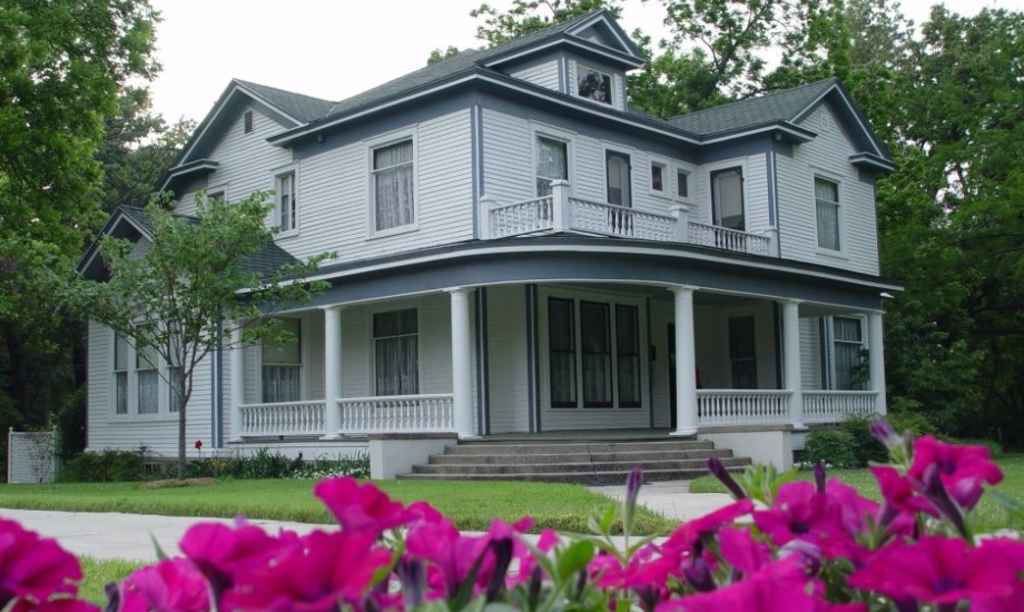 Pfeiffer Home